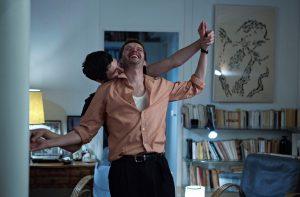Els actors Pierre Deladonchamps i Vicent Lacoste ballen a Plaire, aimer et courir vite de Christophe Honoré