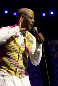 ADRIAN BOOT | La veu més coneguda de la música moderna etíop Mahmoud Ahmed, en una actuació al Barbican de Londres el 2008